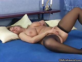 Horny mature housewife rubbing part3