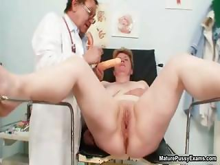 Nasty housewife getting part1