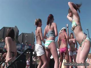 Sexy dancing party girls showing part6