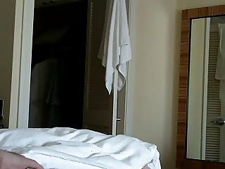 Hotel Maid Flash - uflashtv.com