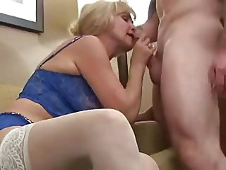 Most Beautifull Blonde Granny in hot sex