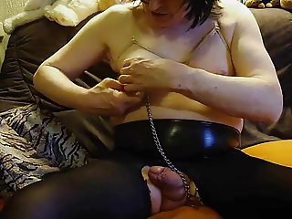 crossdresser selfmade nipples pain
