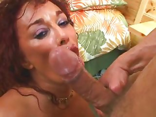 Hot Hugetitted Cougar Gina De Palma