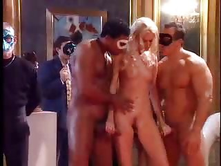 nice orgy (only a short vid)