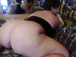 BBW With Nice Ass Squirts and cums