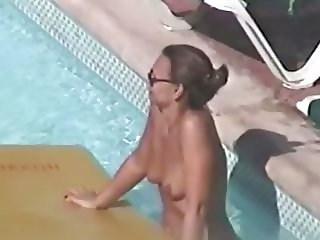 Hedo III naked chick at pool
