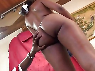 Hot Ebony - Puffy Nipples, perfect body to fuck