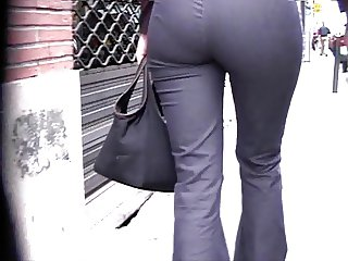 Candid Ass in Jeans 01 (+slow motion)