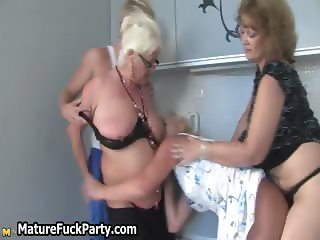 Dirty mature housewife and her horny part3