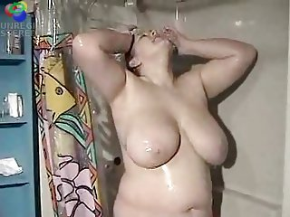 BBW in the shower