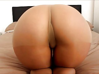 The big ass girl pantyhose booty shaking