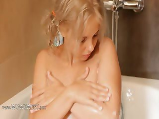 Shaving of extreme 18yo blonde pussy