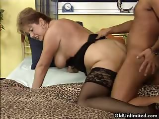 Dirty fat woman gets her wet cunt fucked part3
