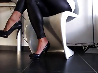 new heels in wet look leggins