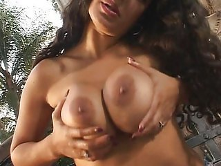 Cant fail between my tits