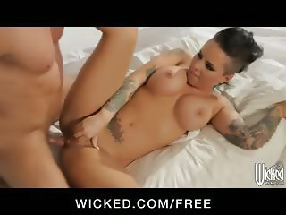 Busty bombshell Christy Mack loves rough doggystyle
