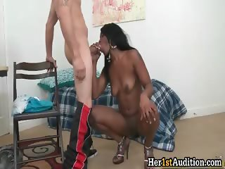 Sexy ebony hoe shows her tight body part3