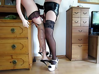 fucking sexdoll and cuming on her feet and heels