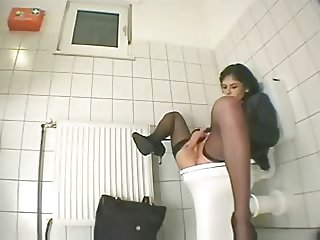 Spycam in Toilet by TROC