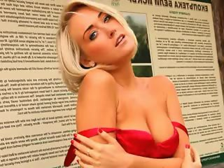 Blonde babe in pantyhose finger forest