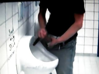 azeri Jerking huge cock at public toilet