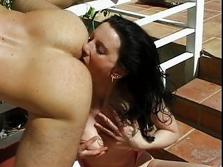 Outdoor sex with natural boobed girl