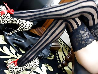 Sexy Apparels: Cheetah Corset, Stocking and Heels