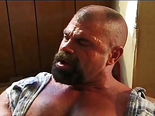 Demolition Daddy : boy fucked twice in a row