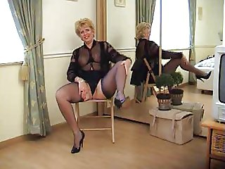 Mature lady with hot legs