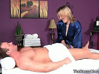 Blonde babe goes crazy jerking part4