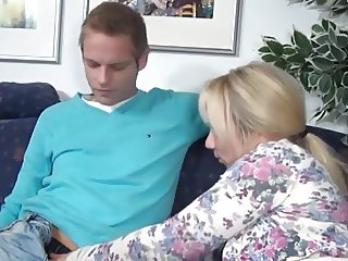 Schwester, was willst Du ?, Stepbro and not his Sister....?