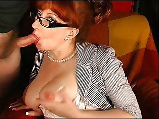 Red give amazing sloppy blow job to completion