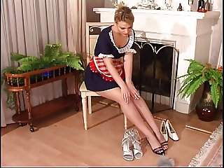 Hot Maid Footjob