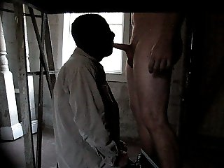 deepthroating anonymous 26 yr old straight guy in garage
