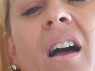 Kinky Mature MILF Sexy Curvy Blonde  Bitch