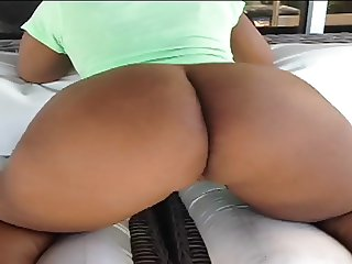 Sexy Big Booty Shaking Vines Compilation