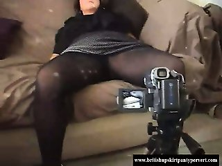 Mature British amateur housewife doing her first ever movie