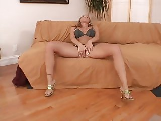 Sexy Blonde Spreads Legs Wide And Mastubates