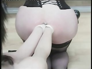 shemale anal fisting - Maitresse Roxanne (3)