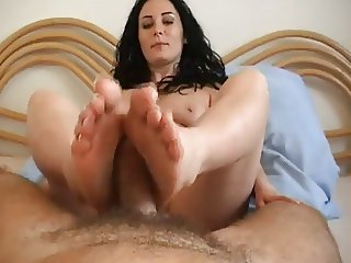 Dark-Haired Mature woman Footjob