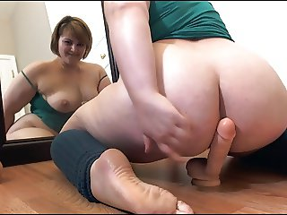 Chubby BBW White Slut Playing with big Dildo