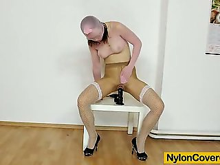 Skinny Emma Diamond nylon mask on her face