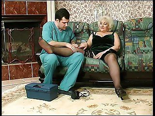 Sweett sexy Louisa and the young doctor
