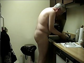WORKING NUDE IN KITCHEN