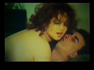 Oi erastes (tis pisw trypas)-Greek Vintage XXX Full Movie