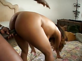 Round Booty Latina makes Lex BBC squirt twice