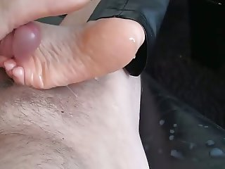 Sole and Heeljob with Monster Cumshot