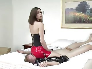 Red Skirt Facesitting