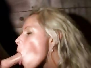 Blonde slut takes stranger outside the club
