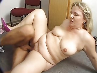 Plump Blonde Katia